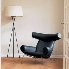 Danish Furniture, Scandinavian Furniture, Home Furniture, Furniture Design, Wooden Furniture, Scandinavian Style, Ox Chair, Chair And Ottoman, Hans Wegner