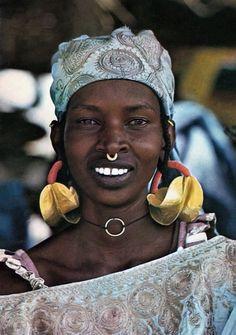 Africa | Young Fulani (Peulh) woman, Senegal || Scanned postcard; photo Renaudeau.