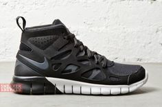 reputable site 3b8f1 eb70e free run sneakerboot 4 570x379 Nike WMNS Free Run 2 SneakerBoot Nike Shoes  Cheap, Cheap