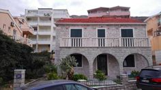 Apartments Milan Petrovac na Moru Offering accommodation with air conditioning, Apartments Milan is set in Petrovac na Moru, 12 km from Budva. Podgorica is 37 km from the property. Free private parking is available on site.  All units feature a TV.