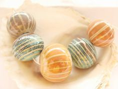 5 Enameled Hollow Handmade Lampwork Beads by IrinaS on Etsy Polymer Clay Beads, Lampwork Beads, Lampworking, Points, How To Make Beads, Hand Blown Glass, Bead Art, Glass Beads, Glass Art