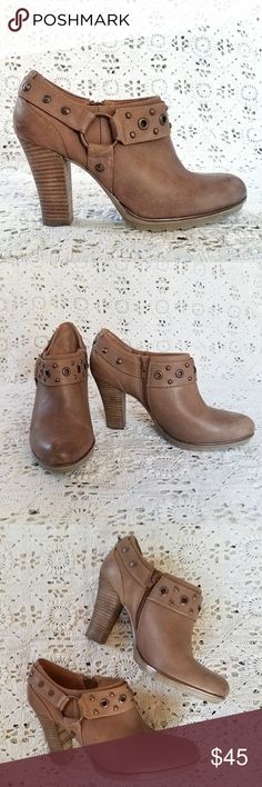 "Sofft Leather  Booties Sofft booties w/ 3 3/4"" heel, inside zipper and burnish copper color hardware. Very little signs of wear. Great condition. Sofft Shoes Ankle Boots & Booties"