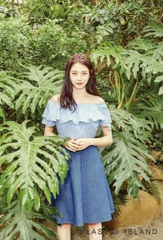 Gong Seung Yeon is the latest starlet to endorse the fashion brand Plastic Island for their 2016 summer collection. The lovely model/actress showed off her good looks while showing off lifestyle photo set. Asian Actors, Korean Actresses, Jonghyun Seungyeon, Gong Seung Yeon, Korean Entertainment, Girl Body, K Idols, Girl Crushes, Korean Girl