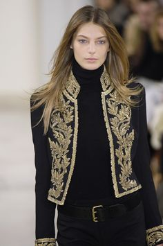 Ralph Lauren at New York Fashion Week Fall 2006 - Runway Photos New York Fashion, Fashion Outfits, Womens Fashion, Fashion Trends, Men's Outfits, Party Outfits, Trends 2018, Mode Style, Military Fashion