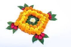 Marigold Flower rangoli Design for Diwali Festival , Indian Festival flower deco , Rangoli Designs Simple Diwali, Rangoli Designs Flower, Colorful Rangoli Designs, Rangoli Patterns, Rangoli Designs Images, Flower Rangoli, Diwali Decorations At Home, Festival Decorations, Flower Decorations