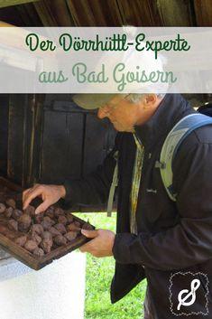 """Rudi Aumüller hat die alte Kunst des Obstdörrens für sich entdeckt. Genau genommen ist Rudi sogar """"Dörrhüttl""""-Experte. Seit Jahrhunderten trocknen wir im Salzkammergut einen Teil unserer Ernte in den """"Dörrhüttln"""". Traditional, Ancient Art, Harvest, Fruit, People"""