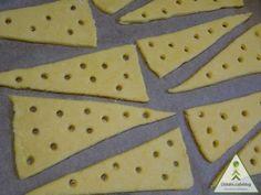 Villámgyors sajtos nasi – Útitárs Salty Snacks, Food And Drink, Bread, Cookies, Cake, Recipes, Finger Food, Kochen, Crack Crackers