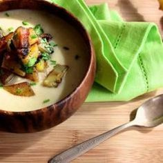 Get all the flavor of a loaded baked potato in a non-dairy but creamy soup. Recipe from Joy the Baker, found at www.edamam.com