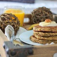 Super Healthy & Delicious {Gluten-Free} Banana Oat Pancakes! Your body and family will love you, forever!