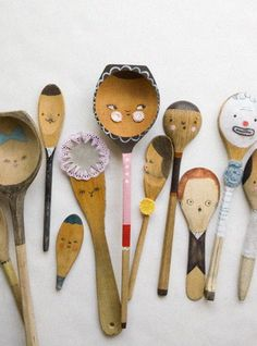 Spoon friends!  Old spoons could be cute new puppets.