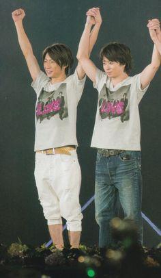 嵐 Japanese Boy, Boy Bands, Handsome, Singer, Boys, Baby Boys, Singers, Senior Boys, Sons