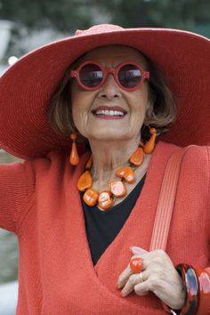 total look orange - ADVANCED STYLE