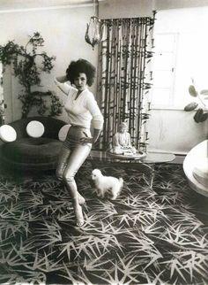 Diane Arbus - Untitled, ca. 1970-71. S)