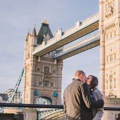 She said yes! Check out Hannah and Brant's stunning Tower Bridge proposal over on the blog now