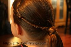 Cute hairstyle for your kids cheerleading game day Cute hairstyle for your kids cheerleading game da Cute Girls Hairstyles, Flower Girl Hairstyles, Ponytail Hairstyles, Pretty Hairstyles, Cheer Hair, Twist Ponytail, Hair Affair, About Hair, Hair Dos
