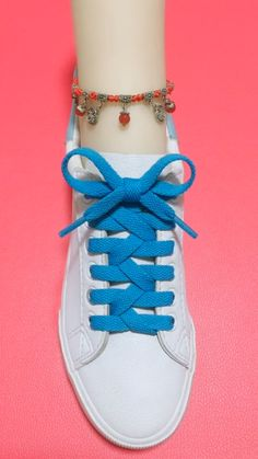 How to tie shoelaces Ways To Tie Shoelaces, Sagging Face, Face Wrinkles, Face Skin, Muscle, Exercise, Style, Ejercicio, Swag