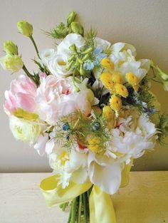 FLOWERS USED| Peonies, lisianthus, nigella, feverfew button mums, parrot tulips, delphinium