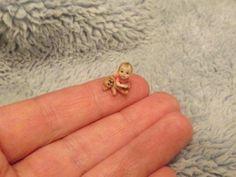 Miniature-handmade-MICRO-QUARTER-1-4-SCALE-BABY-GIRL-TODDLER-ooak-1-48-DOLLHOUSE