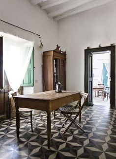 78 Rustic Italian Interior Design Ideas - Home Decorations Trend 2019 Style At Home, Interior Architecture, Interior And Exterior, Interior Design, Rustic Italian, Rustic Kitchen, Rustic Cafe, Rustic Restaurant, Rustic Bench