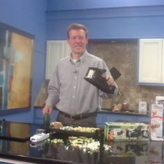 Jason Pederson trying new dicers before you buy them...on GMA #dicer #food #chopping