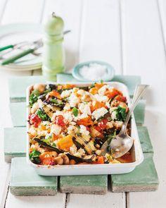 Auflauf mit Kürbis, Zucchini, Champignons, Spinat und Ricotta | http://eatsmarter.de/rezepte/auflauf-mit-kuerbis-zucchini-champignons-spinat-und-ricotta