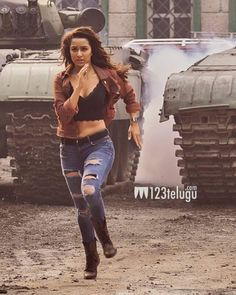 Shraddha Kapoor Baaghi, Ranbir Kapoor, Priyanka Chopra, Beautiful Girl Indian, Beautiful Indian Actress, Indian Bollywood Actress, Indian Actresses, Actress Bikini Images, Hot Girls