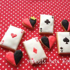 「ふしぎの国のアリス」のアイシングクッキー | sweets box Salut!