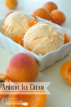 Apricot Ice Cream Recipe- This homemade Apricot Ice Cream is easy and irresistible! It is smooth and creamy and makes the perfect dessert! Italian Ice Cream, Lemon Ice Cream, Yummy Ice Cream, Ice Cream Maker, Homemade Ice Cream, Homemade Recipe, Gelato Homemade, Fruit Ice Cream, Sour Cream