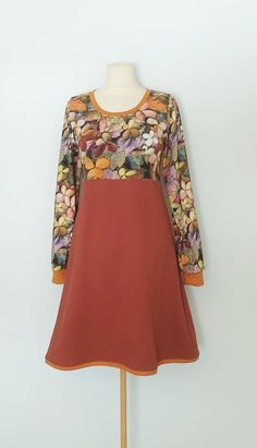 Kjole str. 40 Bell Sleeves, Bell Sleeve Top, Handmade Dresses, Tops, Women, Fashion, Terracotta, Moda, Fashion Styles
