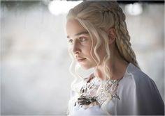 Photo de Emilia Clarke : Photo 51 sur 88 - AlloCiné