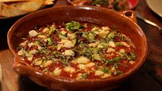 A quick soup idea you have to try! Gordon Ramsay teaches you how to make the ultimate Spicy Mexican Soup with this easy recipe. Gordon Ramsay Home Cooking, Chef Gordon Ramsay, Easy Chinese Recipes, Asian Recipes, Healthy Recipes, Ethnic Recipes, Mexican Soup Recipes, Food Network Recipes, Cooking Recipes