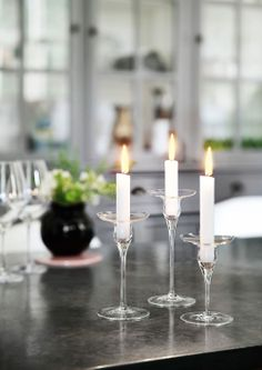 Elegancy for the table. Combine with silver or gold candlestick. Cabernet set of 3 candlesticks from Holmegaard, design Peter Svarrer Glass Design, Glass Art, Glass Candle, Scandinavian Design, Candlesticks, Table Settings, Dining, Interior, Inspiration