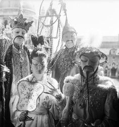 a-l-ancien-regime:    Arturo Lopez Willshaw, the great collector and party giver who had always loved China and Chinese artifacts, and his wife, Patricia, dressed as the Emperor and Empress of China  in the morning  Bal Beistegui Venice  3 September 1951
