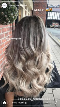 The Effective Pictures We Offer You About ash blonde hair with rose gold A quality picture can tell Blonde Hair Looks, Ash Blonde Hair, Brunette Hair, Dark Hair, Hair Color Highlights, Hair Color Balayage, Hair Colour, Ash Blonde Balayage, Ombre Hair