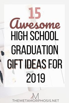 Top 15 High School Graduation Gift Ideas for 2019 Are you looking for high school graduation gift ideas for your grad? This post is filled with awesome gift ideas that every high school grad High School Graduation Gifts, College Gifts, Graduate School, Graduation Ideas, Cheap Graduation Gifts, Graduation Parties, Graduation Quotes, Graduation Decorations, College Freshman Tips