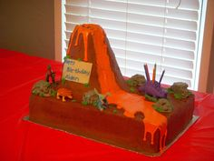 Volcano And Dinasour Cake This was my second cake and for my friend& son& birthday. He requested volcano and dinasour for. Dinasour Birthday Cake, Dinasour Cake, Dinasour Party, Dinosaur Birthday Party, First Birthday Parties, 4th Birthday, Birthday Ideas, Birthday Cakes, Piniata Cake