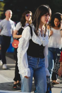 Best Street Style Outfit Photos New York Fashion Week Street Style 2017, Street Style Looks, Street Styles, Love Fashion, Fashion Outfits, Fashion Design, Fashion Trends, Fashion Weeks, Paris Fashion