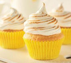 Delightful Lemon Meringue Cupcakes