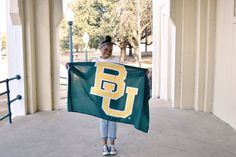 A giant BU flag to announce you're going to Baylor University. #SicEm!