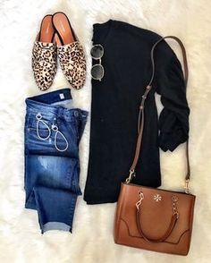 Awesome Casual Fall Outfits It is important for you to The officer This Saturday and sunday. Get encouraged with these. casual fall outfits with jeans Fall Winter Outfits, Autumn Winter Fashion, Autumn Casual, Fall Fashion 2018, Autumn 2018 Outfit Ideas, Women Fall Outfits, Womens Fashion Outfits, Winter Style, Fall Transition Outfits
