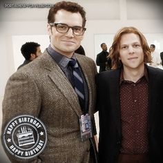 Um brinde para o nosso Lex Luthor! Feliz aniversário, #JesseEisenberg! - - - Here's to our Lex Luthor! 🥂 Happy birthday, Jesse Eisenberg! - - - #henrycavill #superman #kalel #clarkkent #lexluthor...