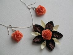 quilled necklace and earrings