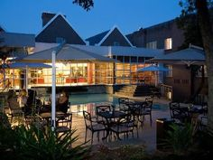 City Lodge Bryanston - This hotel is built on the site of an old nursery, with a well-manicured garden and sparkling swimming pool and is within walking distance of many restaurants and across the road from the Sandton Clinic.  It ... #weekendgetaways #johannesburg #southafrica