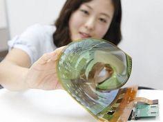 돌돌 마는 TV부터 전화오면 휘어지는 디스플레이까지 다양 (지디넷코리아=이정현 기자)IT 제품의 미래는 '폴더블'? 최근 들어 자유롭게 구부렸다 폈다 할 수 ...