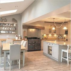 Happy Wednesday lovelies Happy March I am loving these lighter evenings homedecor homestyle home kitchen Kitchen Family Rooms, Living Room Kitchen, Home Decor Kitchen, Interior Design Kitchen, New Kitchen, Home Kitchens, Kitchen Ideas, Barn Kitchen, Cottage Living Rooms