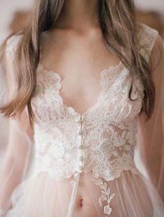Dessed or not, the lace never gived up her