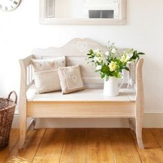 Rustic Hearts Settle - Nordic Style