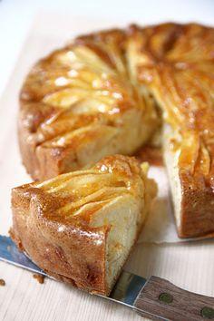 Vintage Apple cake, by Sigrid