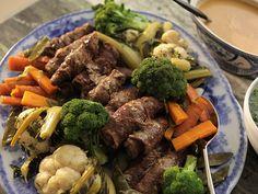 Mamma Traudes oxrullader Norwegian Food, Just Eat It, Pot Roast, Beef, Cooking, Ethnic Recipes, Mamma, Norway, Happy