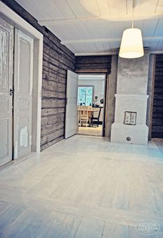 Old n rustic. This Old House, My House, Chalet Interior, Interior And Exterior, Old Fireplace, Swedish House, Old Houses, Countryside, House Ideas